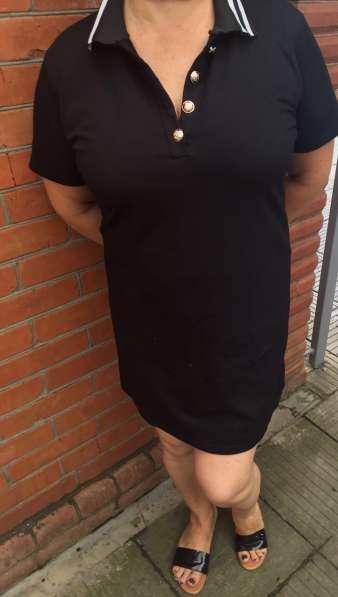 Продаю новое платье поло