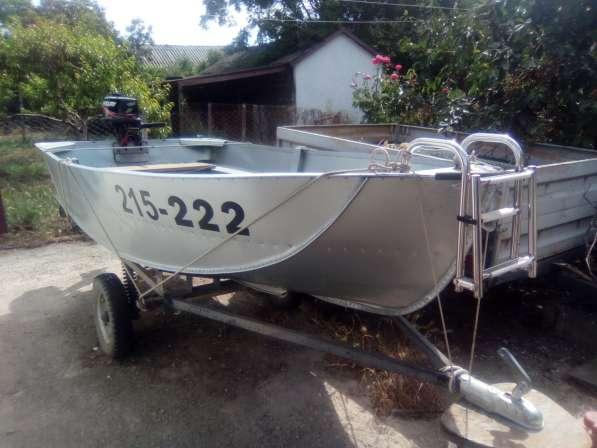 Продам лодку алюминиевую ЯЗЬ с мотором в Феодосии