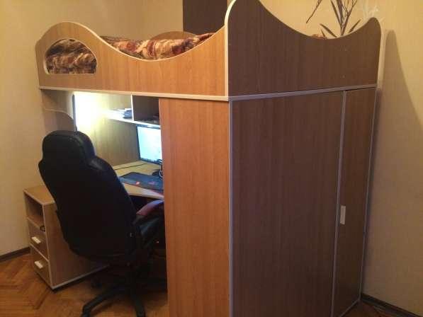 Кровать-чердак с рабочим местом бамбини
