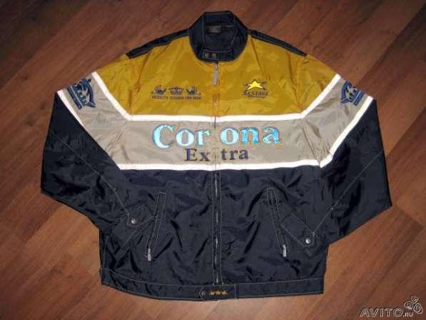 Спортивная куртка (ветровка)