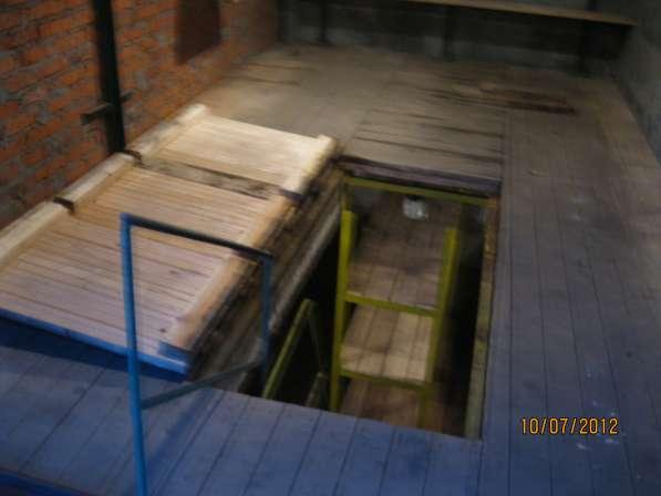 Продам 2-х этажный бетон + кирпич гараж м Академическая