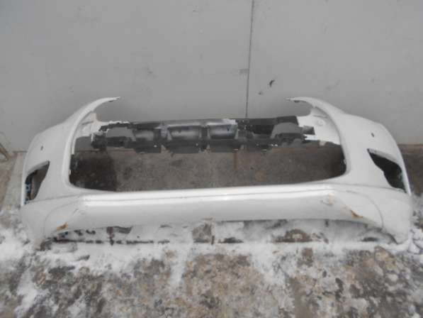 Передний бампер на Citroen DC4 2013г.