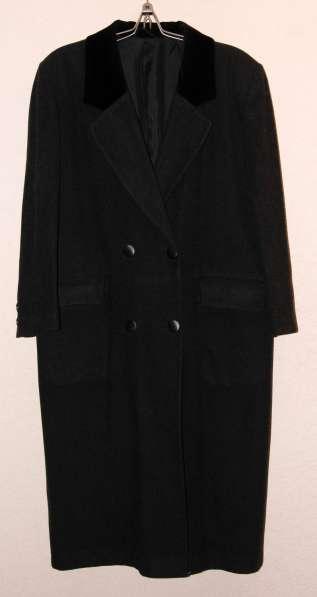 Пальто демисезонное 48-50 разм. Производсво Германия