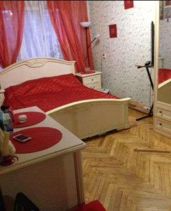 В Кропоткине по ул. Гоголя 3-комнатная квартира 69 кв.м. 4/5