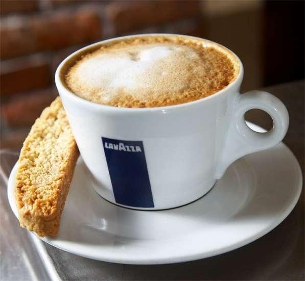 Кофе ЛАВАЦЦА, кофемашинку LAVAZZA в аренду бесплатно