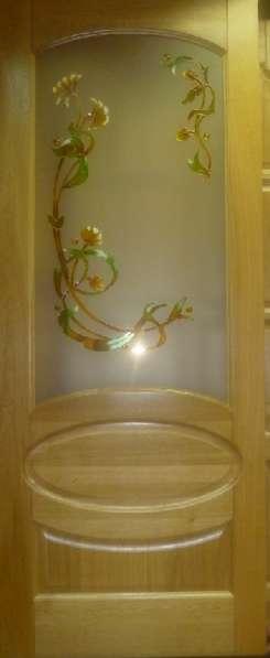 Двери из сосны и ценных пород древесины и погонаж