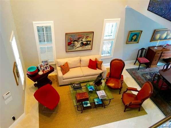 Современный дом в Голден-Бич, Флорида в фото 12