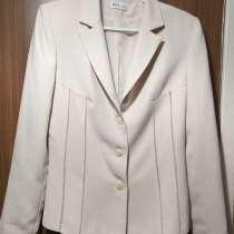 Пиджак молочного цвета, фирма NELVA, р.46, в г.Брест