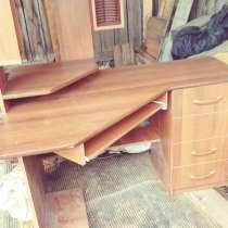 Угловой компьютерный стол, в г.Абакан