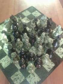 Шахматы из змеевика, в Екатеринбурге