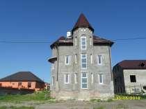 Продам 3-х этажный дом, Пятигорск, ул. А. Шило, пл.290 кв. м, в Пятигорске