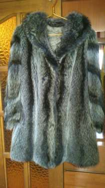 Шуба чернобурый енот, в Нижнем Тагиле