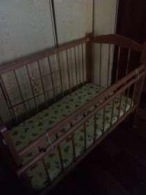 Продам коляску и кроватку с матрасом за 5000 р, в Серове