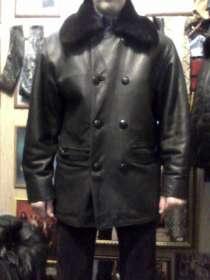Продаю куртку кожаную мужскую с подстёжкой и воротом из меха, в Барнауле