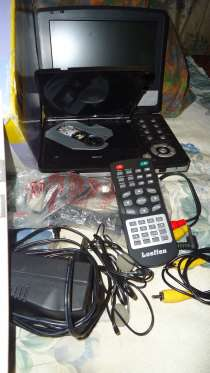 Продам мобильный ДВД плейер с экраном, в Красноярске