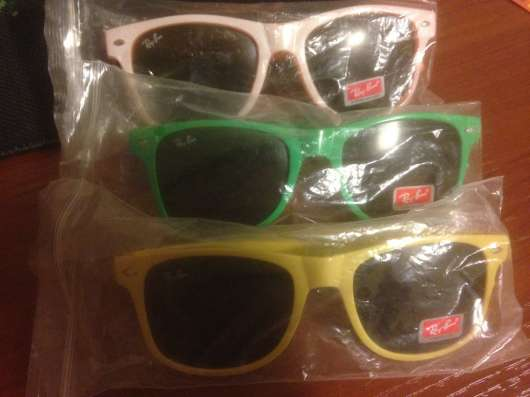 Продам очки RayBan