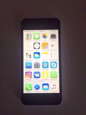 Продам iPhone 5c 16gb white