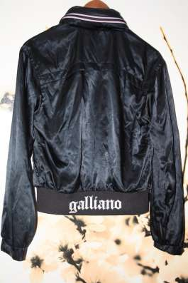 Ветровка Gohn Galliano размер 42-44 оригинал