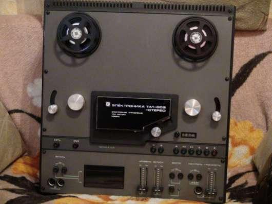 Продам катушечный магнитофон Электроника класс 1 в хорошем