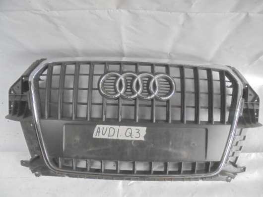 Решетка радиатора Audi Q3 8U