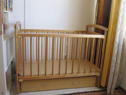 Продам детскую кроватку с маятником продольного качания в Екатеринбурге Фото 4