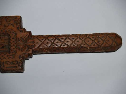 Архаичный напрестольный карпатский крест (гуцульский згард). Гуцульские Карпаты. 1895 год.