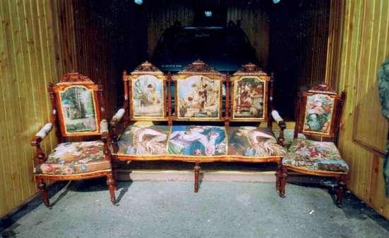 Гарнитур мягкой мебели 18в,, 9 предметов