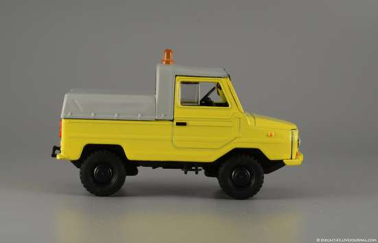 автомобиль на службе№47 Луаз-2403 Тягач контейнерных тележек в Липецке Фото 3
