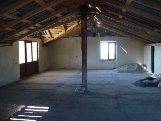 Красивый трехэтажный особняк в г. Ереван Фото 2