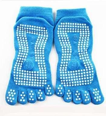Носки для йоги с противоскользящй подошвой