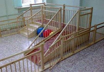 Игровые детские горки для детских садов 2.5х0.75м