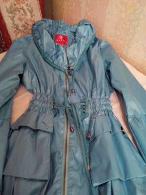 Куртки и Пальто для девочки. Б/у в Одинцово Фото 2