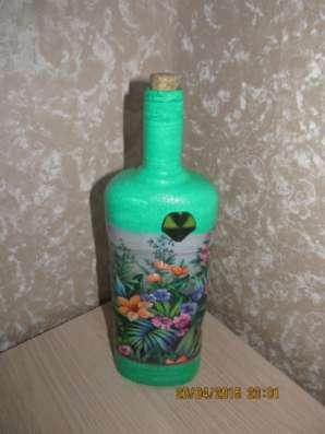 Декоративные бутылки в технике декупаж в Москве Фото 1
