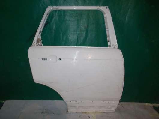 Задняя правая дверь на Land Rover Voque Белая