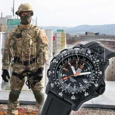 Мужские наручные часы Luminox Recon A.8821. KМ