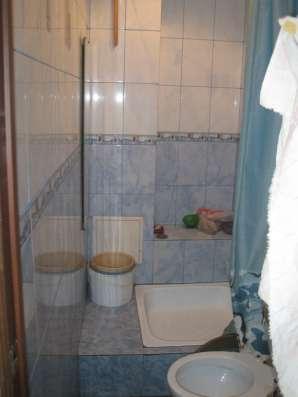 Продам 2-х комнатную квартиру 43/17/11/7м2 кирпичный. сталин