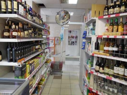 Продается подуктовый магазин c алкогольной лицензией в Санкт-Петербурге
