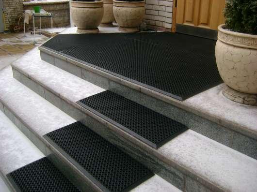 Безопасные, грязезащитные, антискользящие покрытия