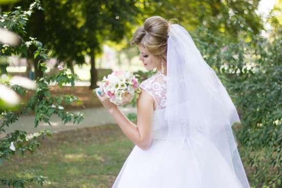 Продаю свадебное 15000