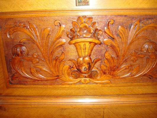 Старинное немецкое пианино(антиквар),коричн. цвета с инкруст