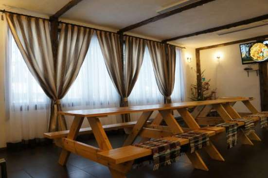 коттедж с банкетным залом в поселке Вырица