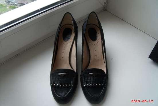 Элегантные кожаные туфли AD р.39 новые