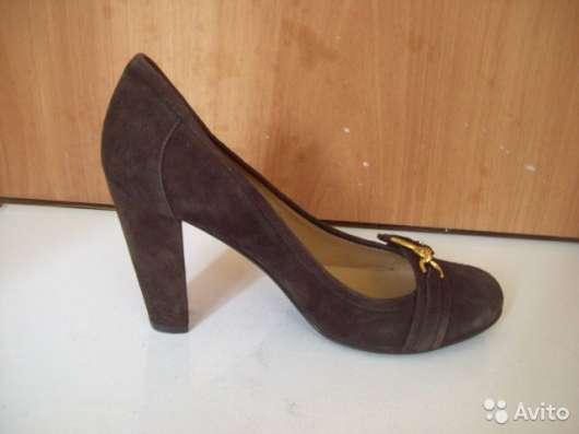 Замшевые коричневые туфли