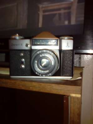 Продам фотоапарат zinit