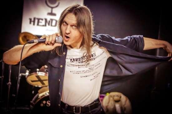 Уроки вокала(эстрадный, рок-вокал), опытный преподаватель