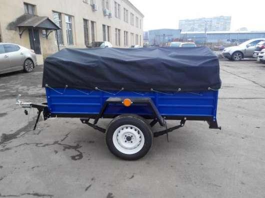 Прицеп для легкового автомобиля с V образным дышлом 2000х1300 с тентом и дугами