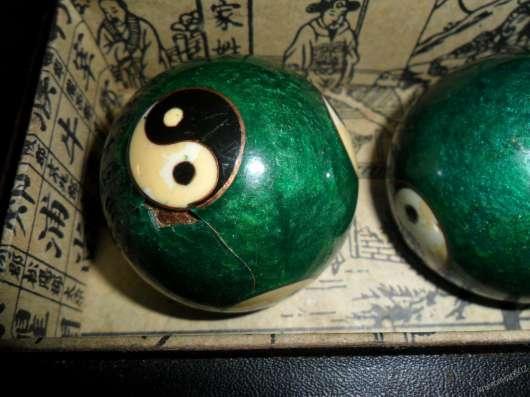 Музыкальные шары с эмалями клаузоне, середина 20 века, Китай