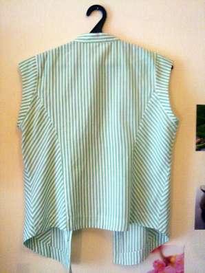 Стильная рубашка без рукавов в полоску next
