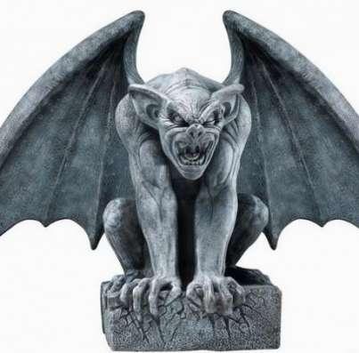 Скульптуры животных,птиц,мультфильмов,мифических существ из металла.