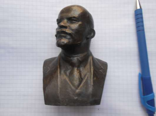 Бюстик Ленина